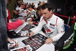 Sessione autografi, Norbert Michelisz, M1RA, Honda Civic TCR
