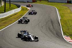 Lance Stroll, Williams FW40, Romain Grosjean, Haas F1 Team VF-17, Pierre Gasly, Scuderia Toro Rosso STR12