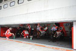 Гараж команды Ducati