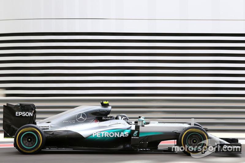 Nico Rosberg, Mercedes AMG F1 en la práctica 1