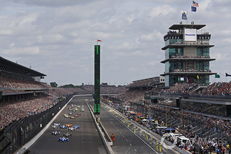 В этом году в Индианаполисе проходила 101-я Indy 500 – в историю она наверняка войдет как гонка с одной из самых интригующих предысторий и невероятной развязкой.