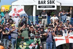 Ganador, Jonathan Rea, Kawasaki Racing celebra con sus fans