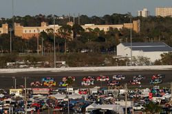 Cole Whitt, TriStar Motorsports Ford aan de leiding