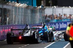 Crash : Stéphane Sarrazin, Venturi et Robin Frijns, Amlin Andretti Formula E Team