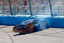 Daniel Suarez, Joe Gibbs Racing Toyota, crash