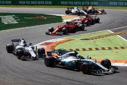 Valtteri Bottas, Mercedes AMG F1 W08, Lance Stroll, Williams FW40, Kimi Raikkonen, Ferrari SF70H, Sebastian Vettel, Ferrari SF70H