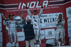 Podio Gara 1: il vincitore della gara Giovanni Altoè, Seat Motor Sport Italia, il secondo classificato Sandro Pelatti, Seat Motor Sport Italia, il terzo classificato Matteo Zucchi, Seat Motor Sport Italia