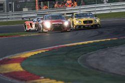 #23 Motul Team RJN Nissan Nissan GT-R Nismo GT3: Alex Buncombe, Lucas Ordonez, Katsumasa Chiyo, #9 B
