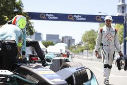 Oliver Turvey, NEXTEV TCR Formula E Team, and Jérôme d'Ambrosio, Dragon Racing