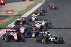 Leonardo Pulcini, Arden International, Ryan Tveter, Trident devant Santino Ferrucci, DAMS, Marcos Siebert, Campos Racing
