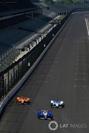 Takuma Sato, Andretti Autosport, Honda; Fernando Alonso, Andretti Autosport, Honda; Marco Andretti,