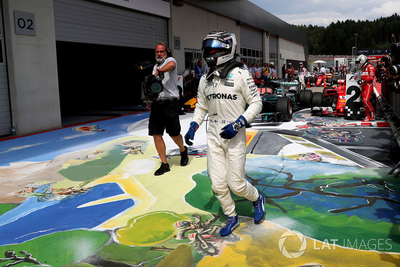 Race winner Valtteri Bottas, Mercedes AMG F1 celebrates in parc ferme