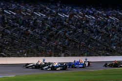 Simon Pagenaud, Team Penske Chevrolet, Max Chilton, Chip Ganassi Racing Honda
