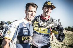 #31 Husqvarna Factory Racing: Pela Renet with a mechanic