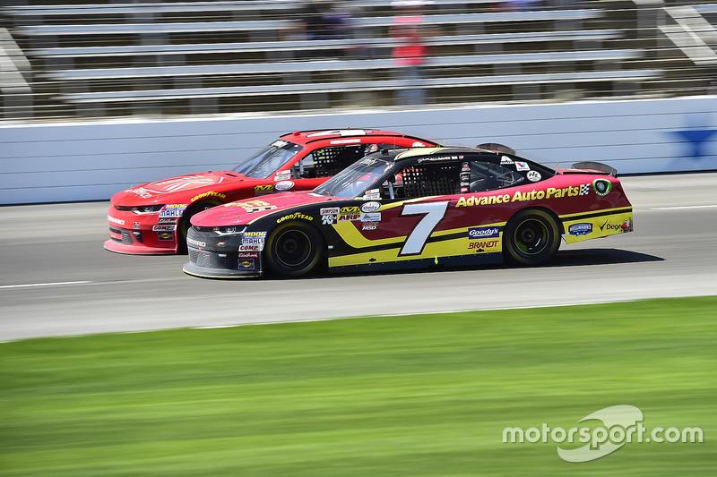 Ross Chastain, JD Motorsports, Chevrolet; Justin Allgaier, JR Motorsports, Chevrolet