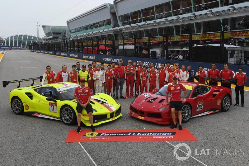 Kimi Raikkonen, Ferrari, Sebastian Vettel, Ferrari e Maurizio Arrivabene, Team Principal Ferrari, i piloti del Ferrari Challenge Asia Pacific 2017