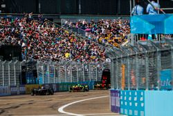 Jose Maria Lopez, DS Virgin Racing, leads Lucas di Grassi, ABT Schaeffler Audi Sport