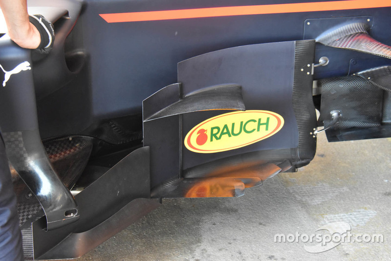 Боковые дефлекторы Red Bull Racing RB13