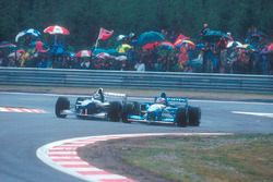 Damon Hill, Williams FW17-Renault, batall con Michael Schumacher, Benetton B195 Renault