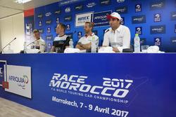Yann Ehrlacher, RC Motorsport, Lada Vesta; Thed Björk, Polestar Cyan Racing, Volvo S60 Polestar TC1;