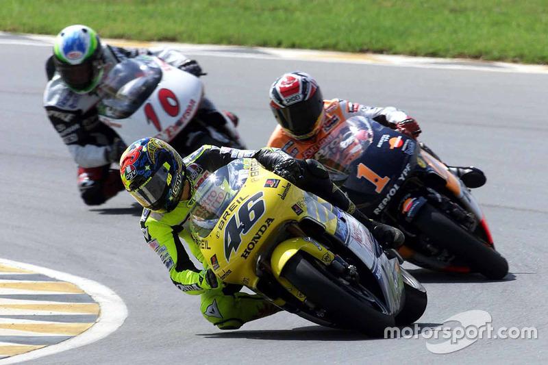 Valentino Rossi devant Alex Crivillé et Alex Barros