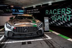 Mercedes AMG-GT4