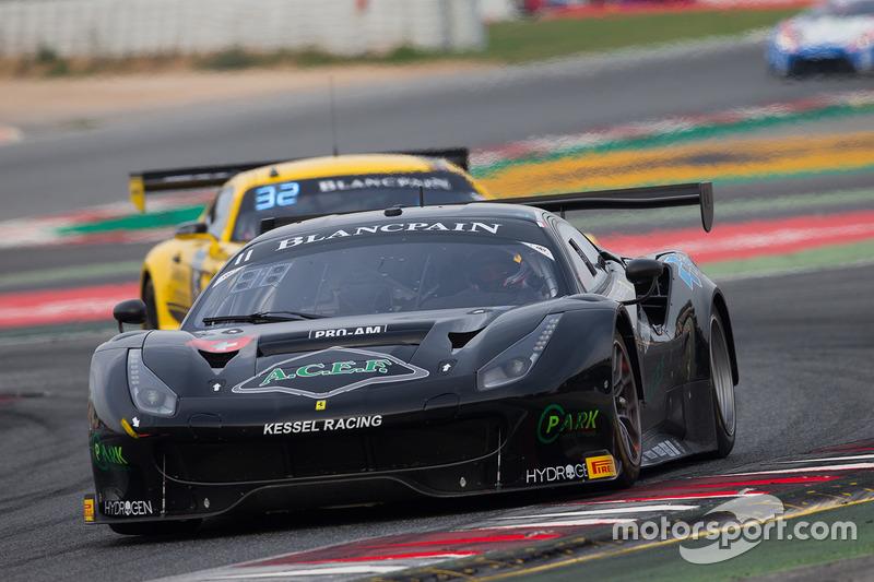 #11 Kessel Racing Ferrari 488 GT3: Міхаель Бронішевський, Джакомо Пічіні