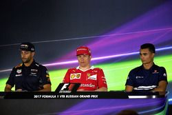 Daniel Ricciardo, Red Bull Racing, Kimi Raikkonen, Ferrari and Pascal Wehrlein, Sauber en conférence de presse