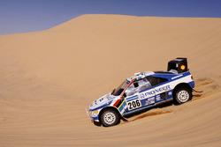 #206 Peugeot: Jacky Ickx, Christian Tarin