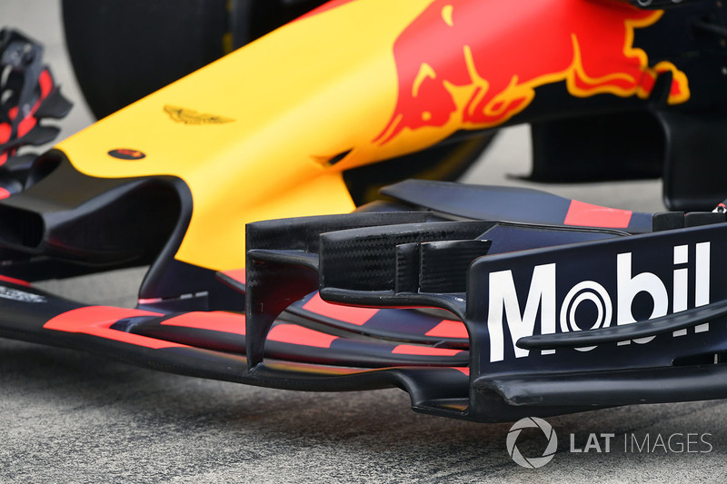 Red Bull Racing RB13 ön kanat detay