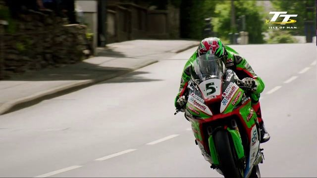 2019 RST Superbike TT Race - Race Highlights | TT Races Official