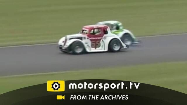 National Legends Cars: Massive crash at Anglesey