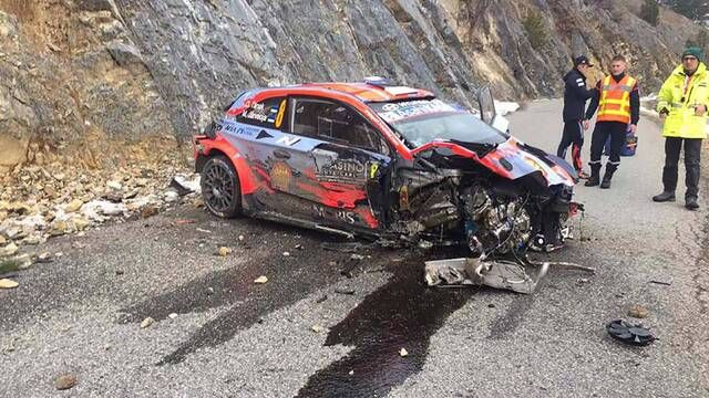 WRC: Rally Monte Carlo - Ott Tanak crash - external view