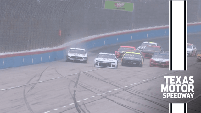 Harvick hits the wall while leading at Texas Motor Speedway - NASCAR Cup Videos