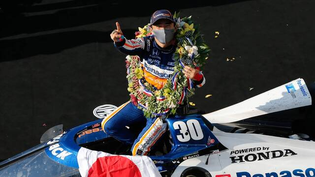 IndyCar: Indy 500 Winner Takuma Sato Visits Chicago - IndyCar Videos