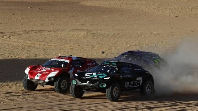 Desert X-Prix: Semi-Final Race Start