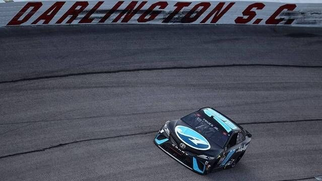 Recap: Luck be a 'Lady in Black' for Martin Truex Jr.