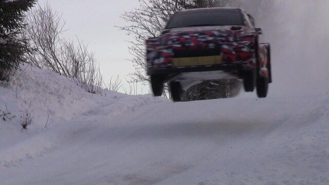 Toyota Yaris WRC'21 - winter test