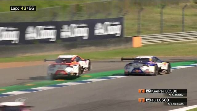 SUPER GT Buriram: Cassidy and Sekiguchi collide