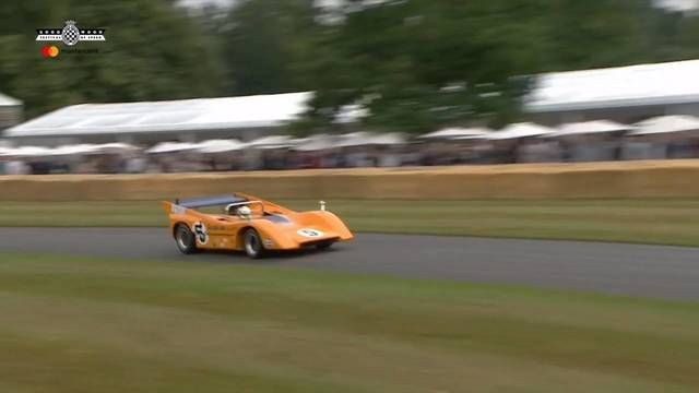Goodwood FOS: Lando Norris in de monsterlijke McLaren M8D Can-Am