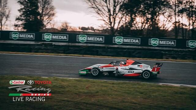 Assista à corrida 3 da etapa de Highlands da Toyota Racing Series