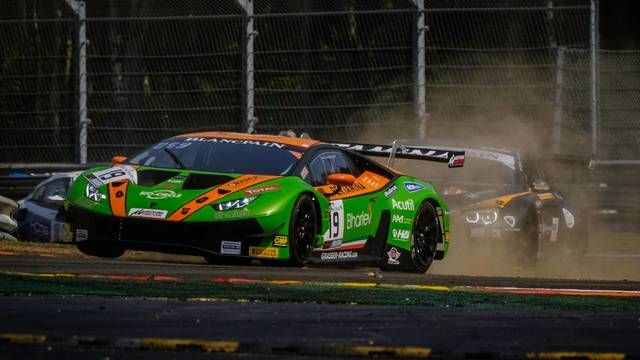 Spa 24 Hours: Drivers get messy