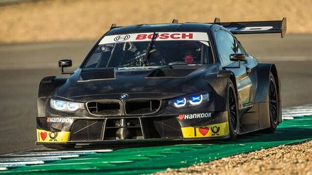 Robert Kubica tests BMW M4 DTM at Jerez