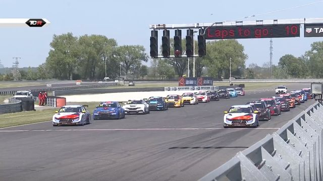TCR Europe: Slovakia Ring Race 2 Start