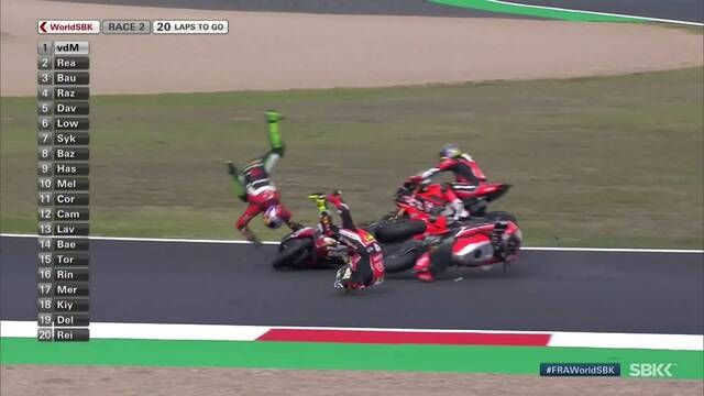 WorldSBK Magny-Cours: Crash von Bautista