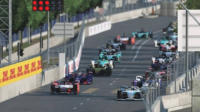 Formula E Race At Home Challenge Round 1 - Pro Race highlights