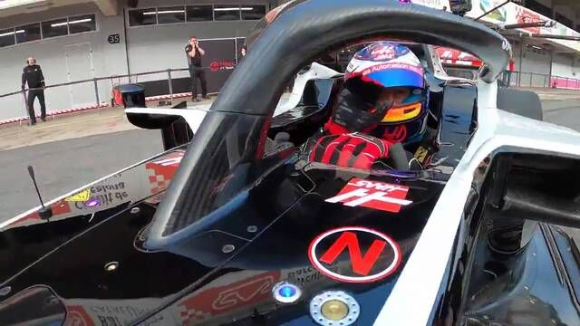 Onboard: Romain Grosjean in the new Haas VF-20