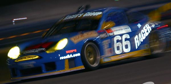 Racer's Group Porsche leads Rolex 24 at Daytona