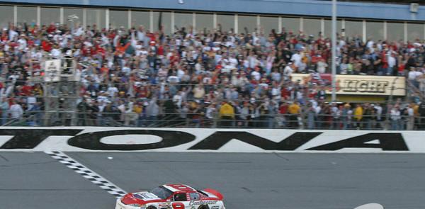 Earnhardt earns first Daytona 500 victory