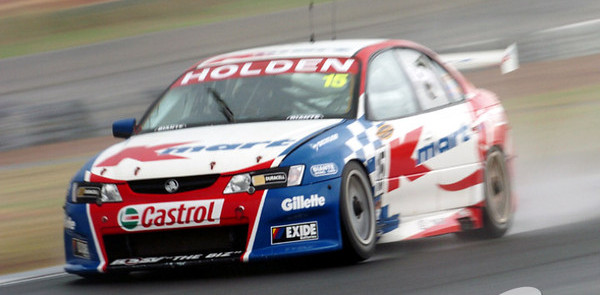 Rick Kelly swims to win at Eastern Creek